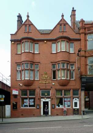 Swan and   Railway   Hotel** Wallgate Wigan